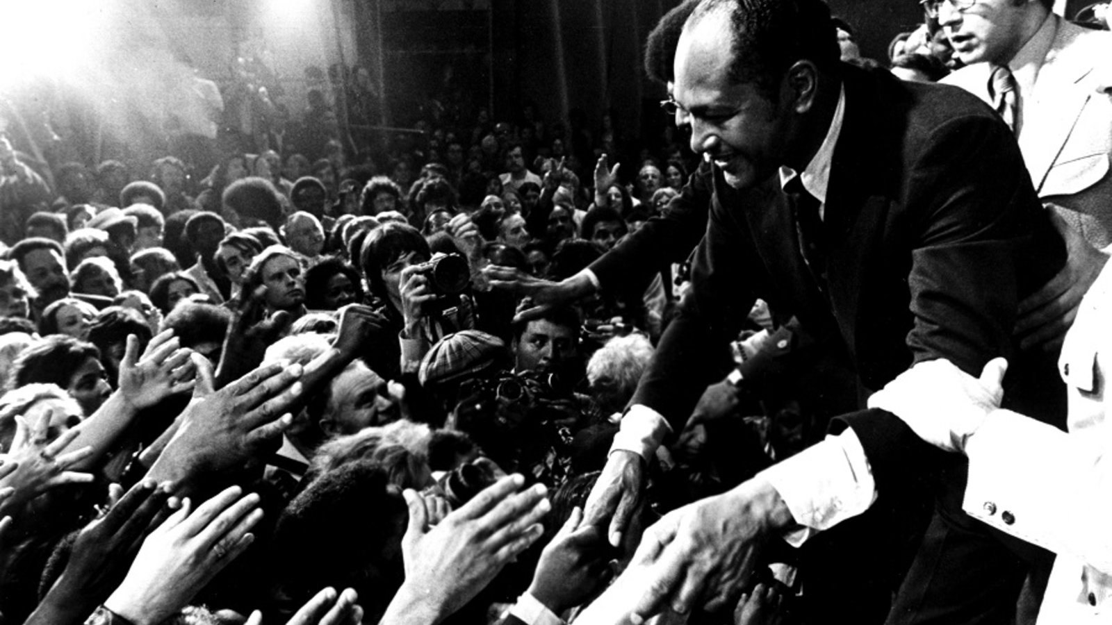 Bridging the Divide - Tom Bradley and the Politics of Race