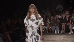 Cutting-Edge Looks from Naeem Khan & Christian Siriano – NYC 2016