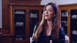 Kat Cole - From Hooters Hostess to COO of Multi-Billion Dollar Brands